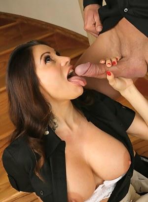 Moms Tongue Porn Pictures
